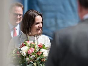 """She gives a lot of hope"": Belarus's Tsikhanouskaya visits Prague"