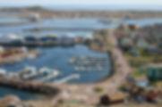 Le-port-de-plaisance-a-St-Pierre.jpeg