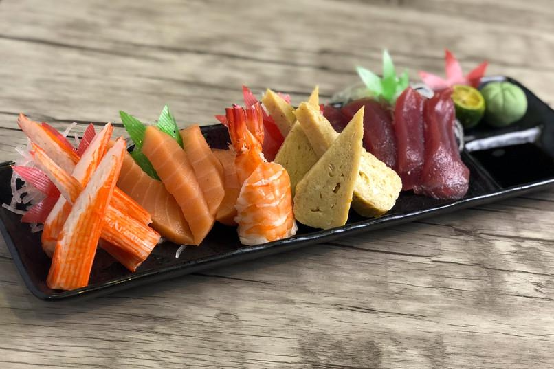 Mixed Sashimi.jpg
