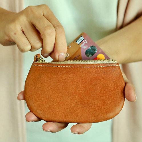 手のひらに収まるレザーコンパクト財布(キーチェーン付き)【Camel】