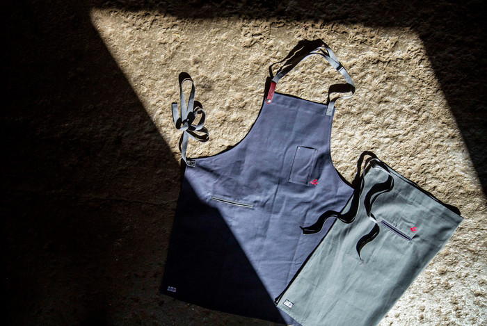 THE FUNCTIONAL APRON LINE LOVED BY WORLD CLASS CHEFS