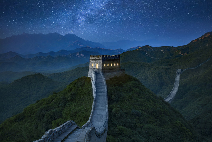 NIGHT AT THE GREAT WALL