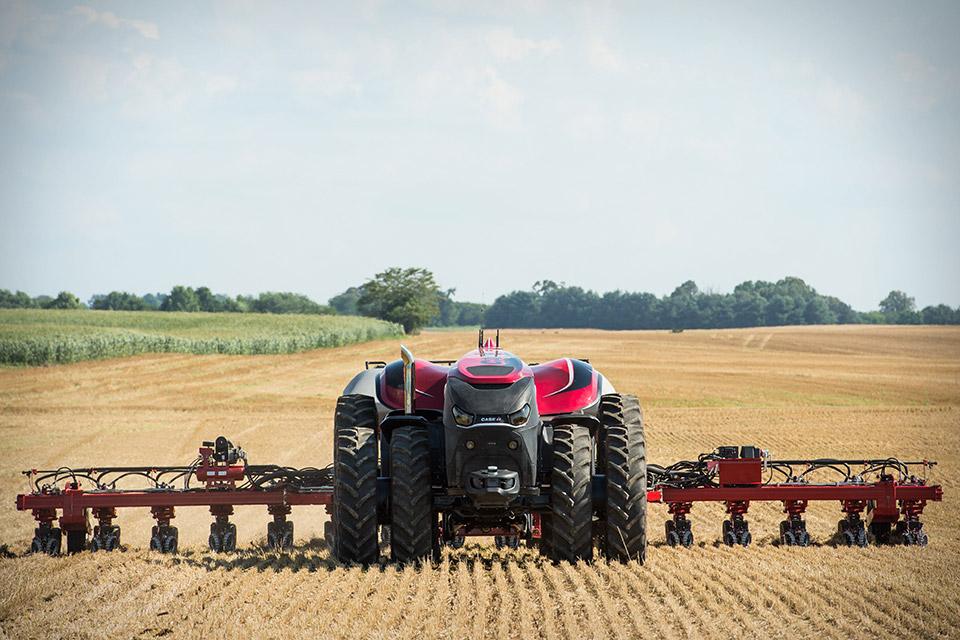 case-magnum-auto-tractor-3
