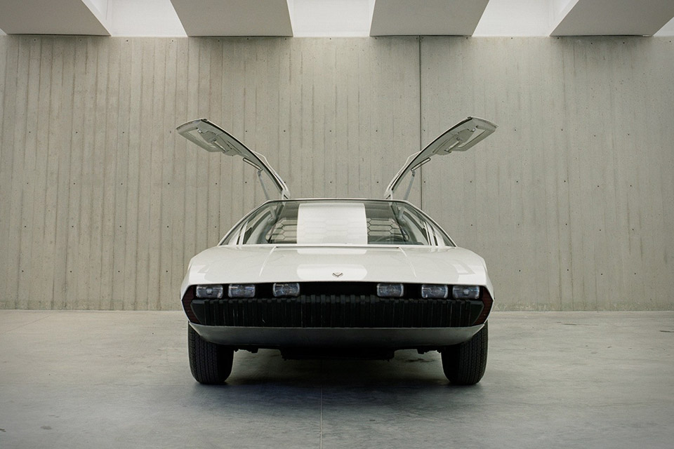 bertone-concept-cars-4