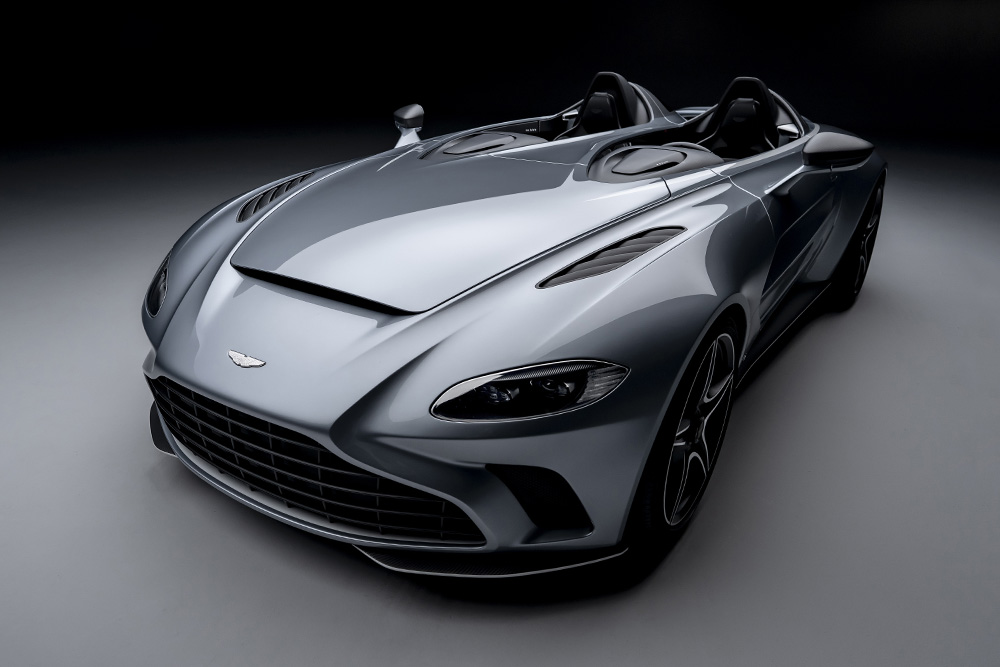 Aston-Martin-V12-Speedster-0-Hero