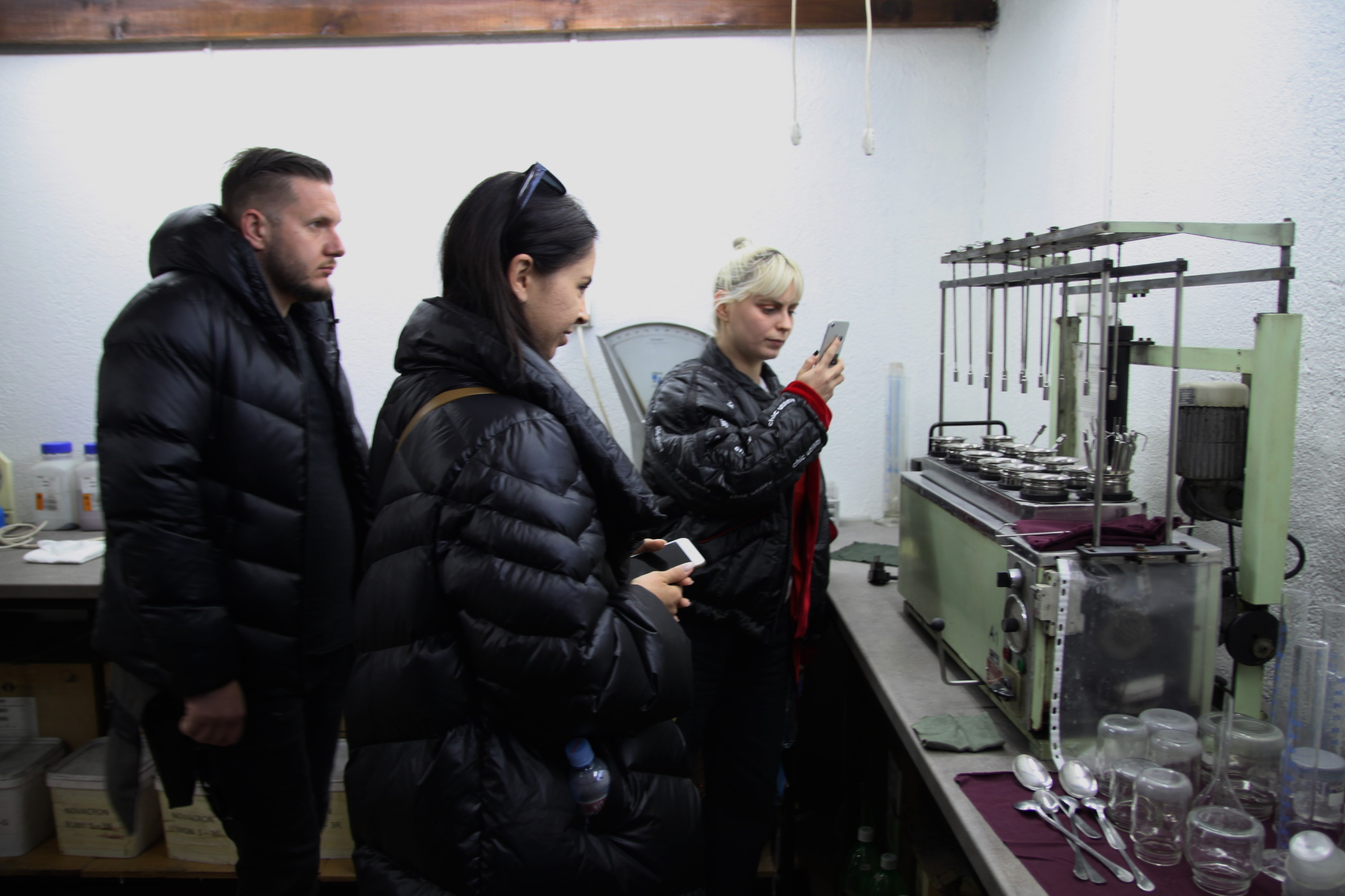 Visit in the dyeing laboratory