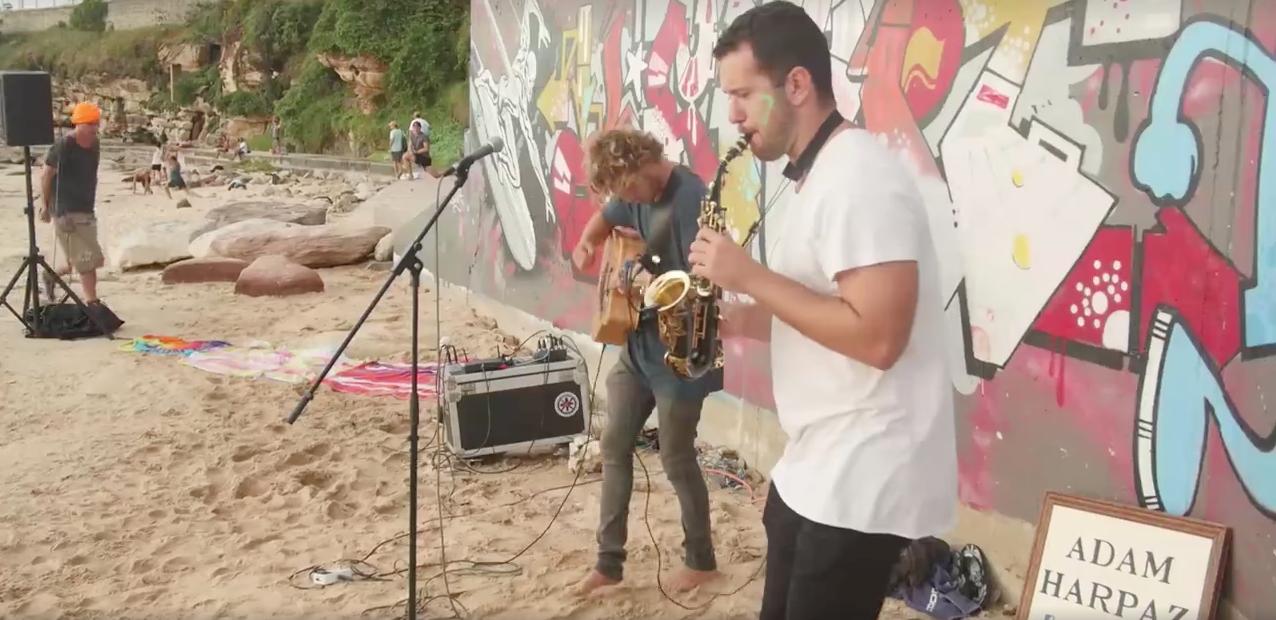 Acoustic duo Bondi, Sydney