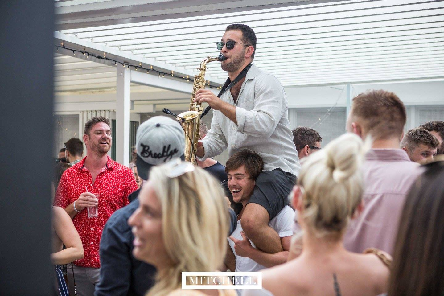 Sax player for parties