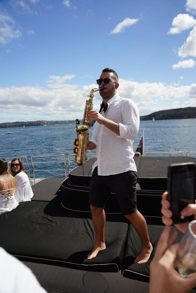 Saxophone player Sydney Harbour