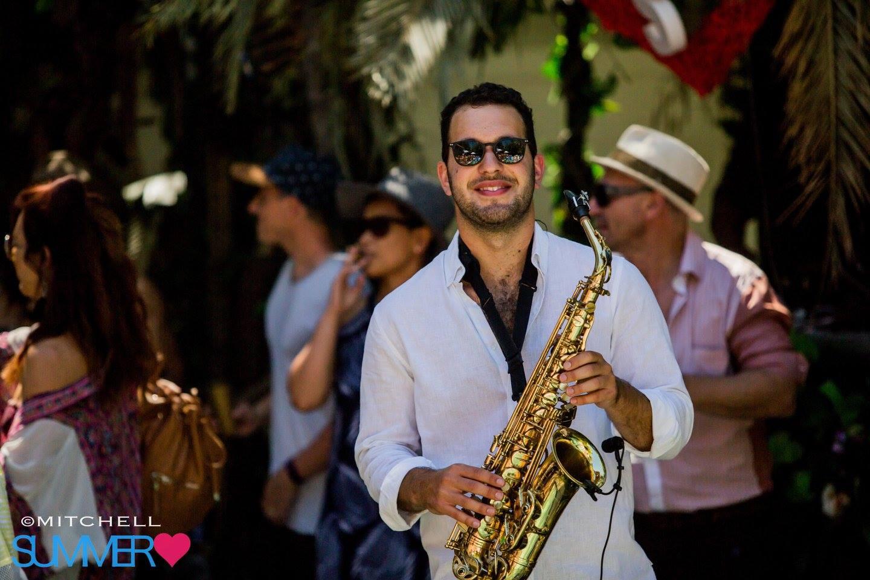 Sax player Sydney Wedding