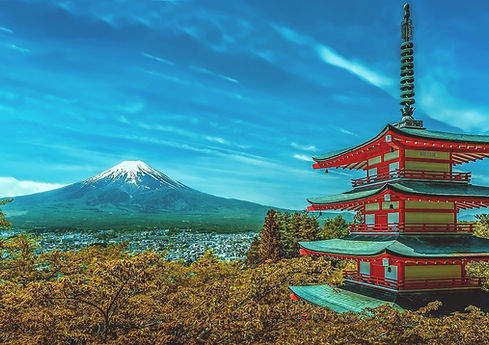 Spectacular views of Mt Fuji from the Chureito Pagoda in Yamanashi prefecture, Japan