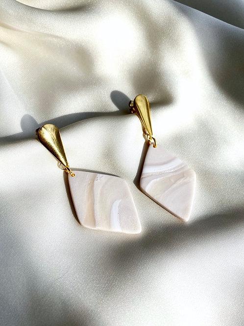 Iris - Ivory Stone