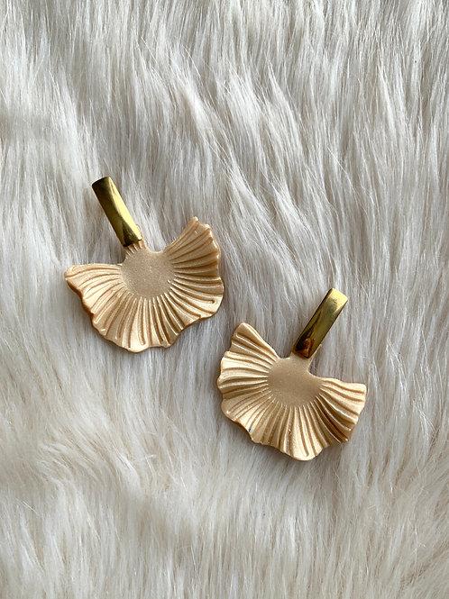 Mara - Barely Gold