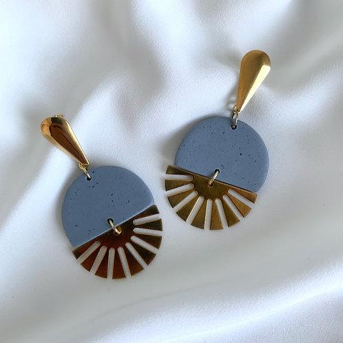 Gisla - Cloud Blue