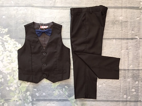 Suits with 4 pieces (Vest, Pants, Bow and White T Shirt)