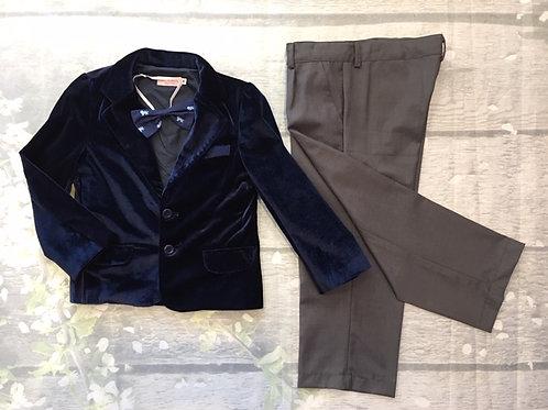 Suits with 3 pieces (Vest, Pants, Bow)