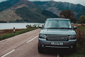 luxury private vehicle on ancestry tour scotland
