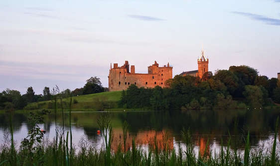 Linlithgow Palace in scotland with loch