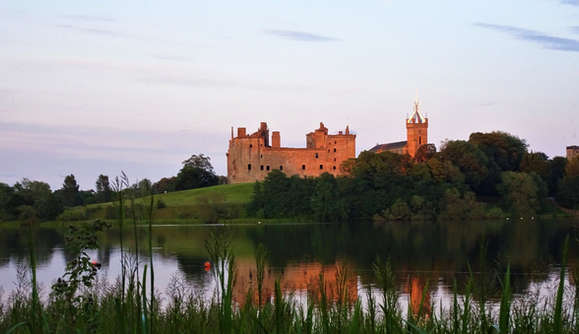 Linlithgow Palace scotland seen on our private tours