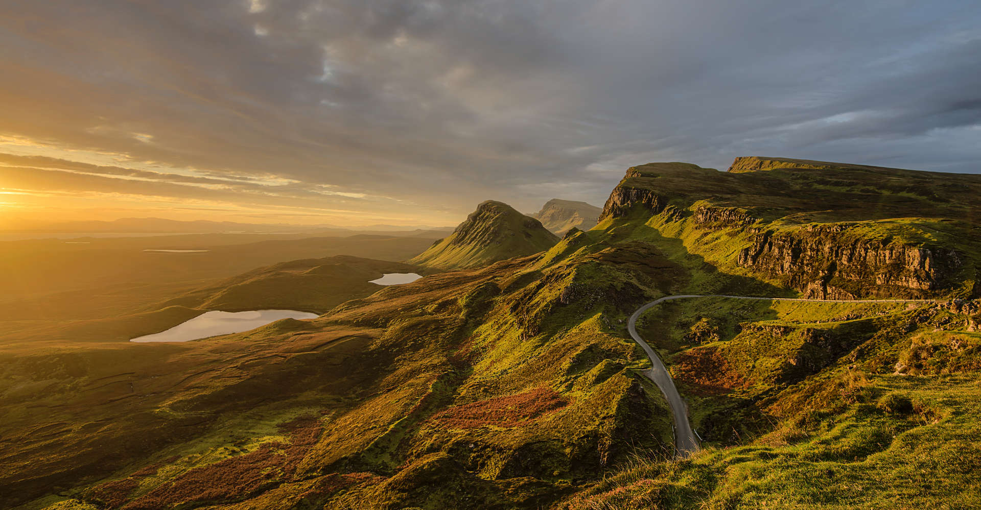private guided tour drive on The Quiraing, Isle of Skye scotland
