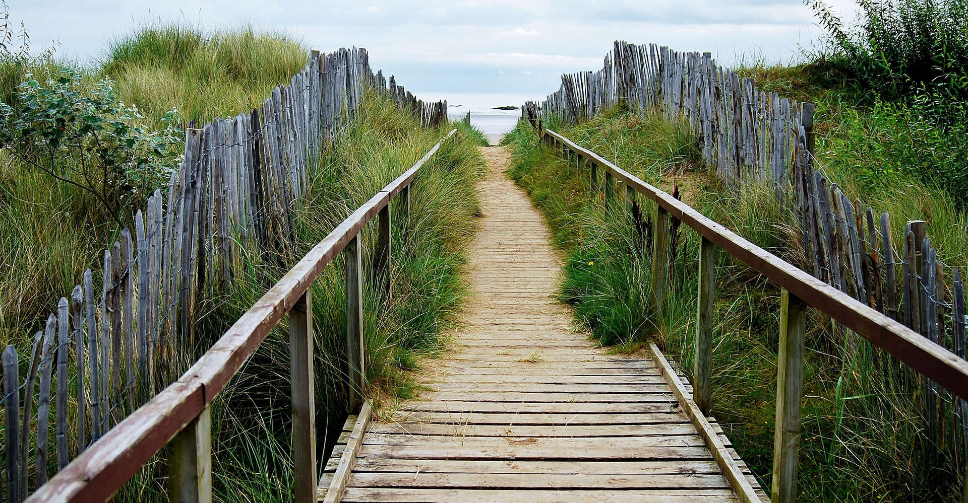 Boardwalk to St Andrews Beach in scotland