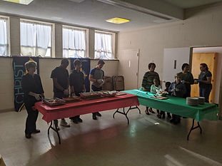 Youth at Loaves and Fishes 1220192.jpg