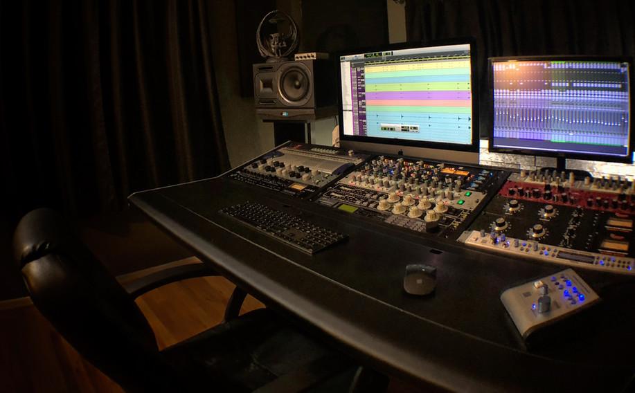 Studio 4JPG copy.jpg