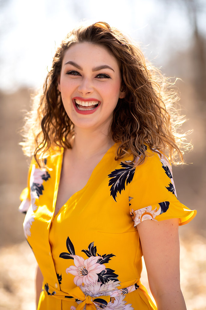 Abby Mae Rogers Headshot - Close, Smilin