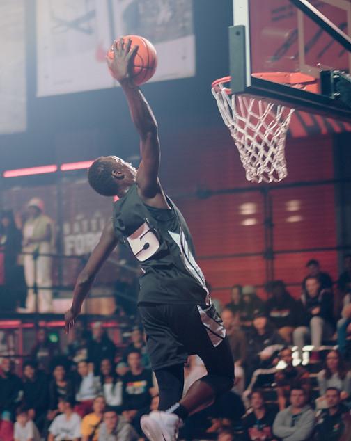 CHILLARY_Nike_01.jpg