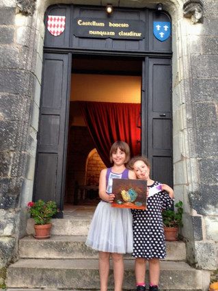 Lucie & Stella - After 1 month at school