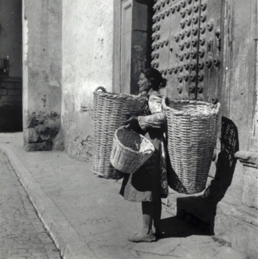 7-2 Roma traditional crafts 4.jpg