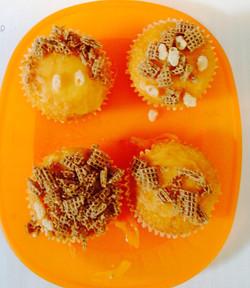 Scarecrow cakes