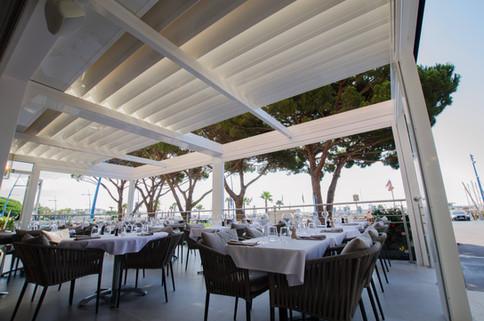 SKY LOUNGE restaurant 3d.jpg