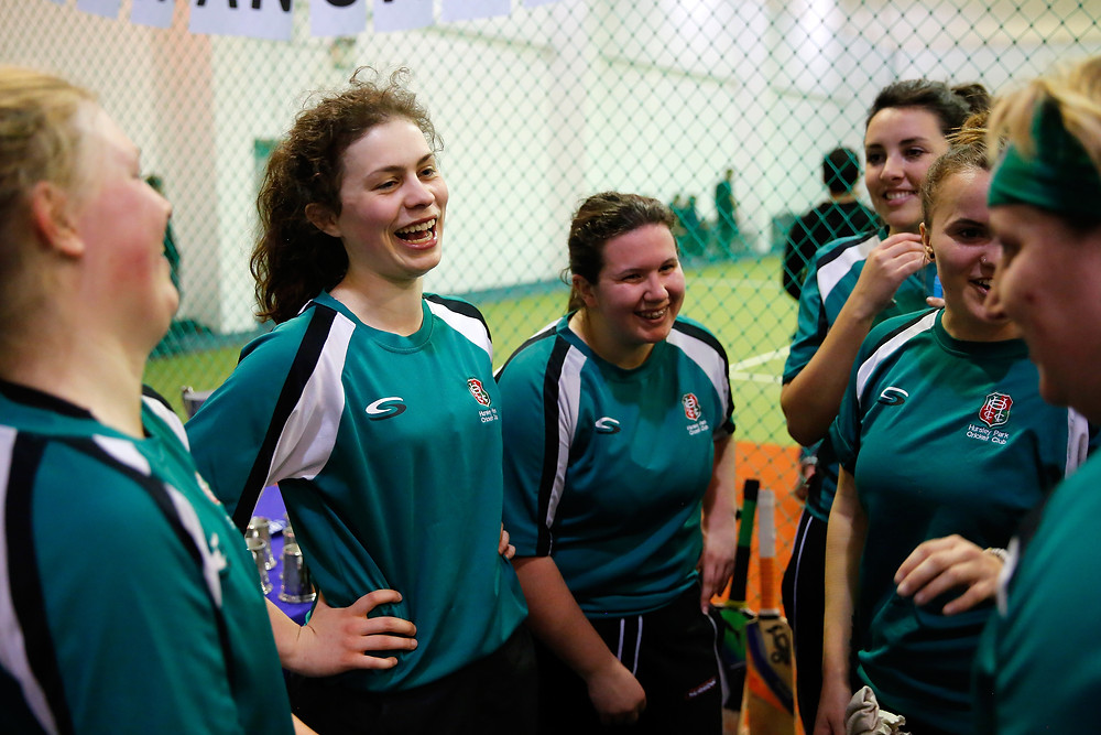 PT_86_ECB_Womens_Indoor_10042015.JPG