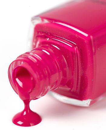 Esmalte de uñas de color rosa