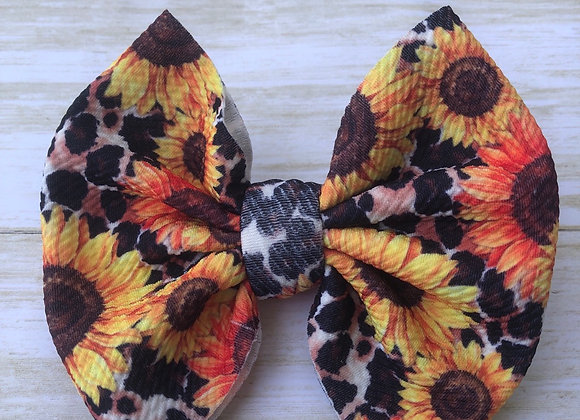 Sunflower Diva- Signature Bow