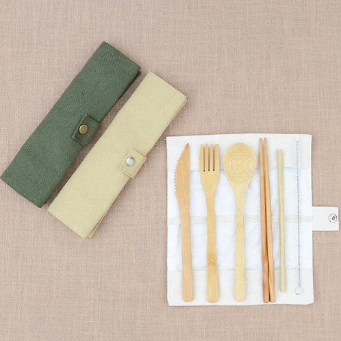 Set Pique-Nique avec paille en Bambou, personnalisé