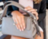Foto de la modelo con el producto
