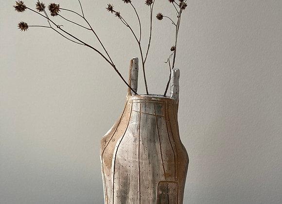 darko vase 1