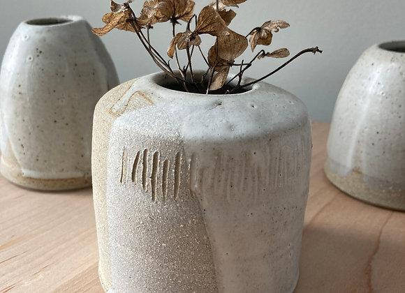 bud vase cream toast 3