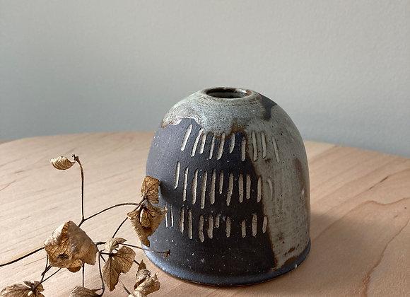 bud vase black 4
