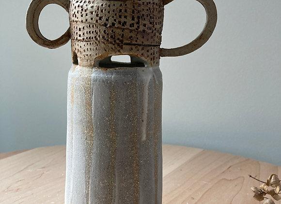 ribbon vase loop handles