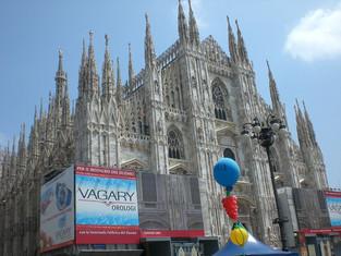 從黑暗走到光明-歌德式教堂(Duomo)