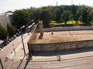 改變了一個民族的一道牆—柏林圍牆