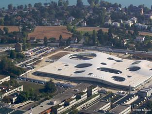 「共享」的建築—Rolex學習中心