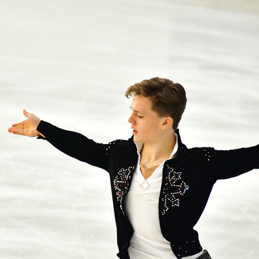 Jonathan Hess performing his free program at the 2020 Bavarian Open.