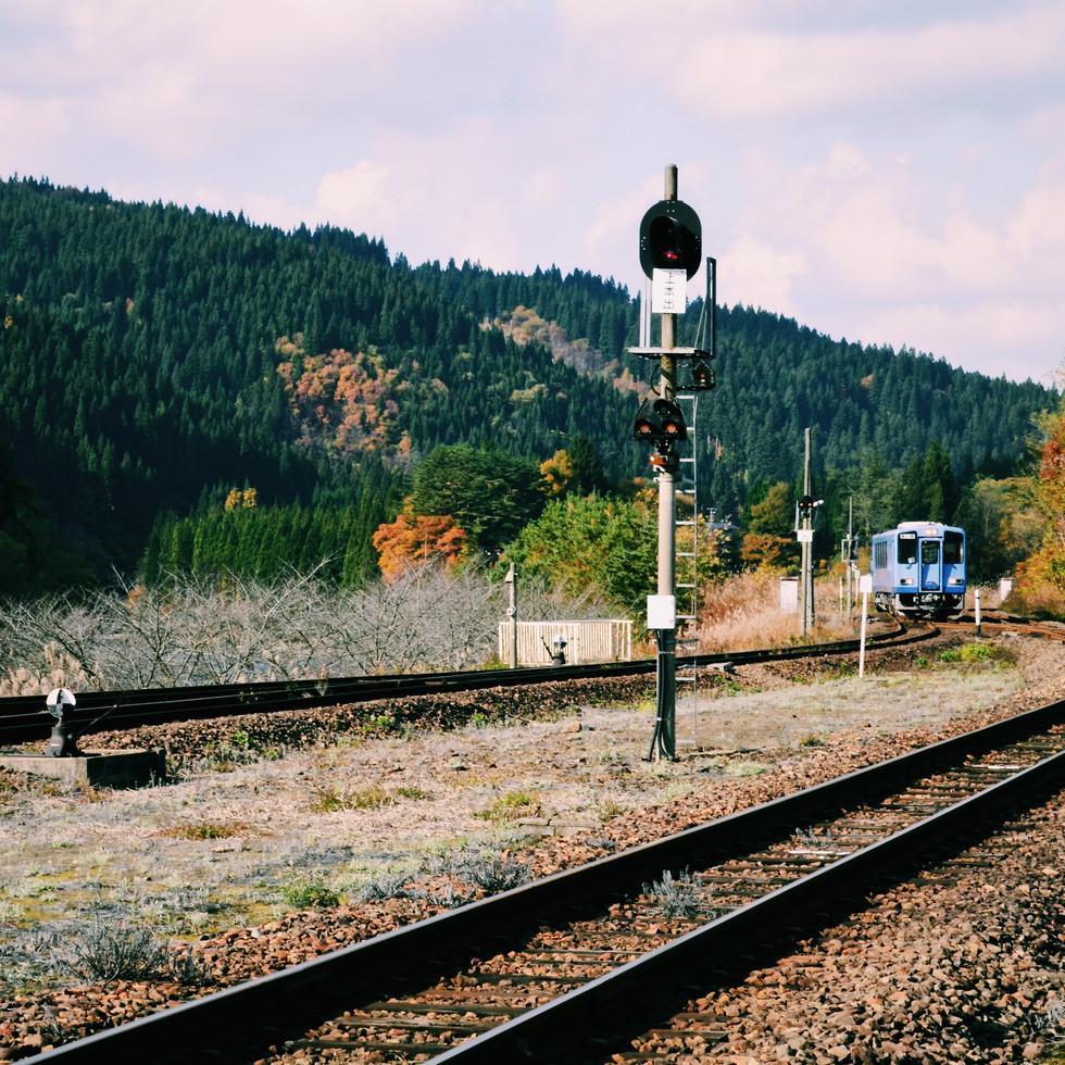Akita Nairiku Line train.