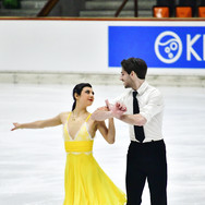 Leia Dozzi / Michael Valdez performing their rhythm dance at the 2020 Bavarian Open.