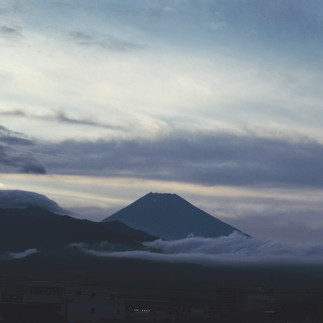 The view on mount Fuji from the train.