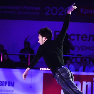 Dmitri Aliev during the gala exhibition at the Russian National Championships 2020.  Дмитрий Алиев в показательных выступлениях на Чемпионате России 2020.